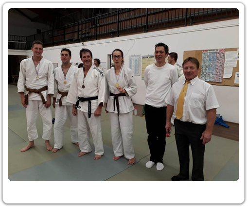 Participants du club au stage JuJitsu